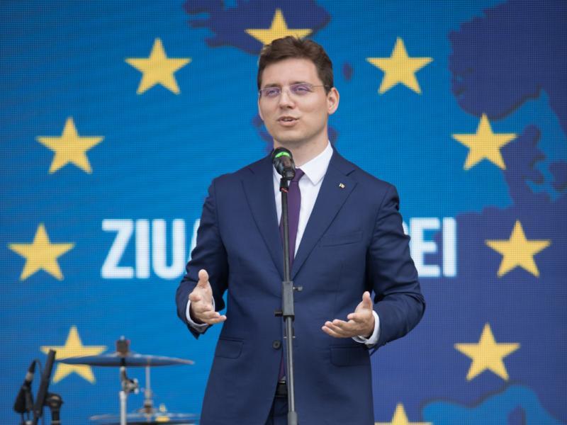 """Eurodeputatul Victor Negrescu:""""Rezoluția Parlamentului European confirmă faptul că au fost încălcate drepturile sociale ale lucrătorilor sezonieri"""""""