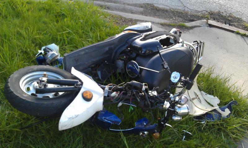 Laz – Un mopedist s-a răsturnat în afara carosabilului pe DN 67C