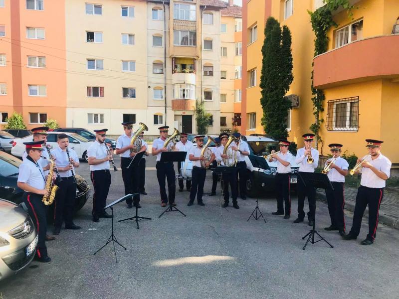 Fanfara din Petrești va relua seria concertelor în aer liber!