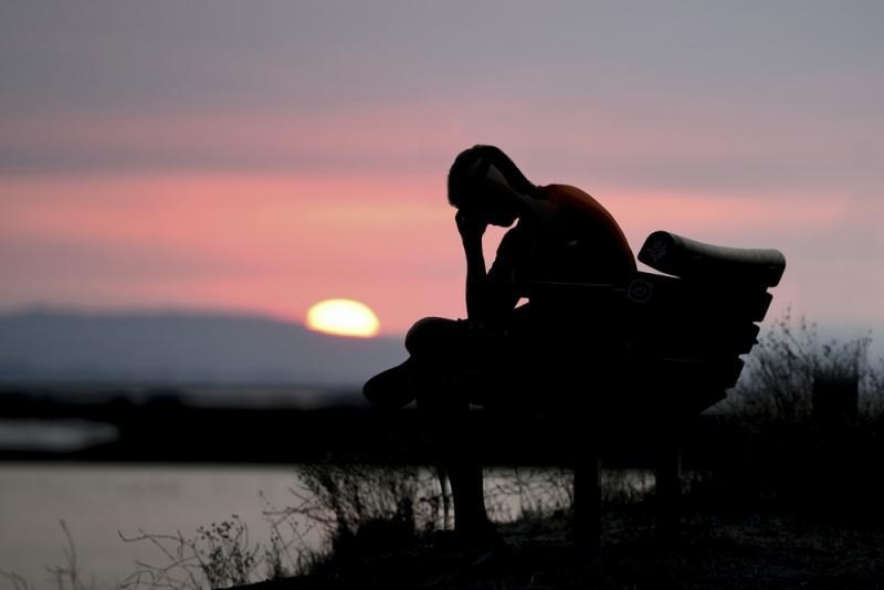 Depresia: Ce este si cand este momentul perfect sa ne adresam medicului specialist?