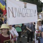 Protest împotriva Legii carantinării, în Piața Victoriei din București: ''Vrem eliberare, nu carantinare!''