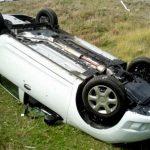Aiud - Un șofer în stare de ebrietate s-a răsturnat cu mașina în afara carosabilului