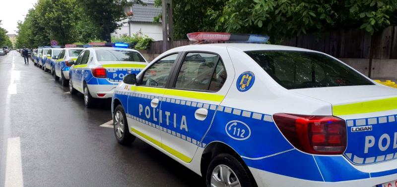Actualitate – Noul design al mașinilor de poliție din România a fost înscris la OSIM