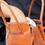 Sebeș - Dosar penal pentru două femei care au furat 243 de lei dintr-o geantă