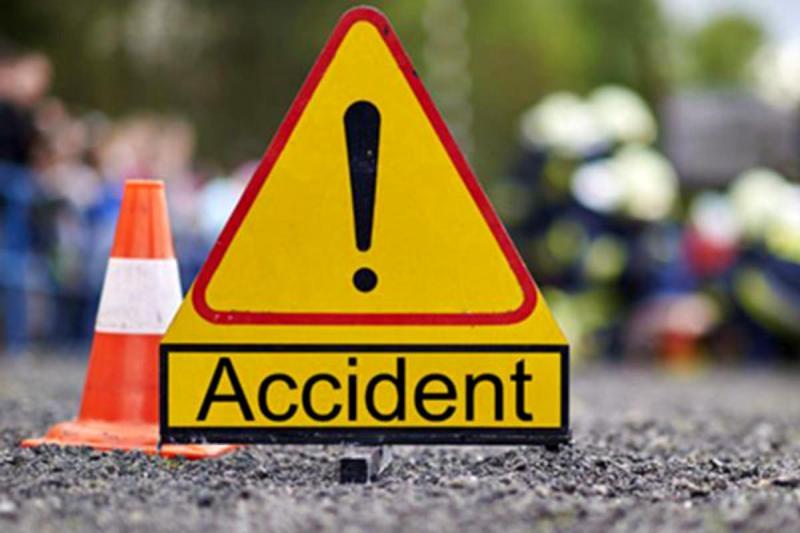 Accident – Un șofer a fost prins între două autobuze în zona gării CFR din Alba Iulia