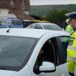 Tânăr din Jidvei prins de polițiști în timp ce conducea un autoturism fără să dețină permis de conducere