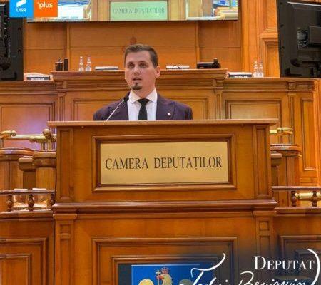Beniamin Todosiu (USR-PLUS): Bugetul pentru 2021 este un buget de redresare și reziliență, un buget sănătos, menit să dezvolte România
