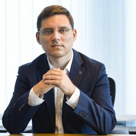 Europarlamentarul Victor Negrescu sprijină unitățile medicale din județul Alba și oferă soluții din fonduri europene pentru dezvoltarea serviciilor medicale
