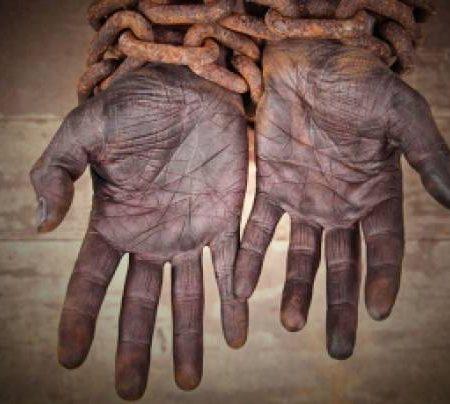 23 august – Ziua internaţională de comemorare a comerţului cu sclavi şi a abolirii acestuia
