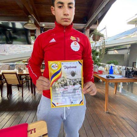 CS Unirea Alba Iulia, din nou pe podium: O medalie de argint și două de bronz la Campionatul Național de Haltere – Juniori II