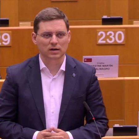 Europarlamentarul Victor Negrescu a obținut 700 de milioane de euro suplimentare pentru copii în propunerea de buget european susținută de Parlamentul European